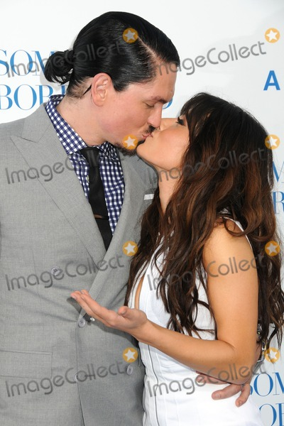 sarah shahi and steve. Steve Howey and Sarah Shahi