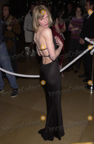 RENEE ZELLWEGGER Photo - Fire and Ice Ball 2000