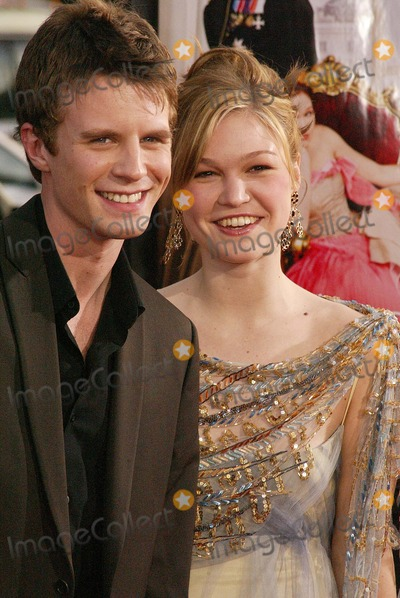 Luke Mably Bio Married Wife Everything About The Actor