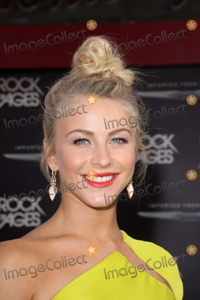 Julianne Hough Photo - World Premiere of Rock of Ages