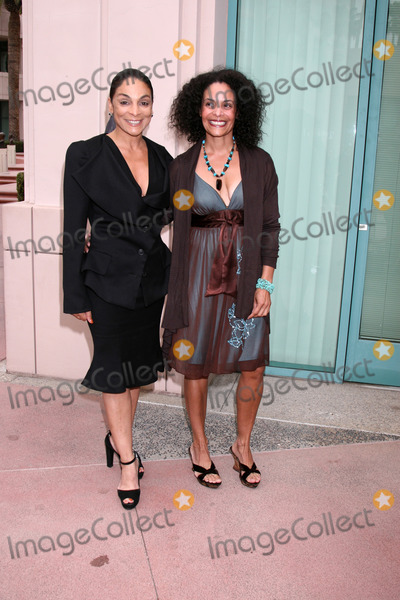Jasmine Guy siblings