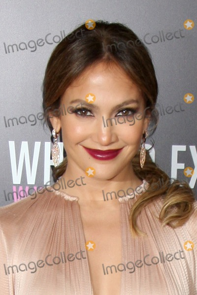 JENNIFER LOPEZ,,Jennifer Lopez,RES Photos - LOS ANGELES - MAY 14  Jennifer Lopez arrives at the What To Expect When Youre Expecting Premiere at Graumans Chinese Theater on May 14 2012 in Los Angeles CA