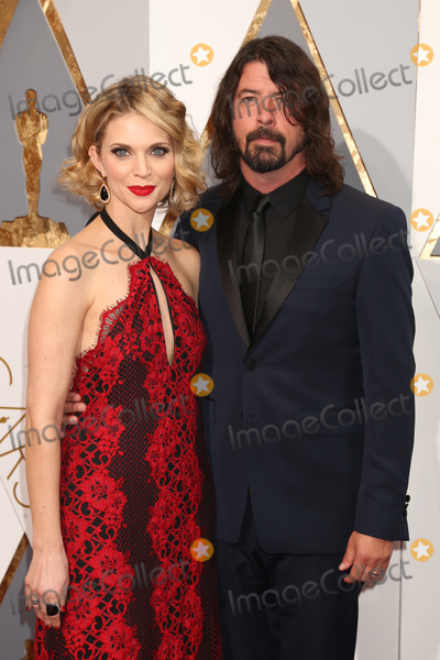 Dave Grohl Photo - LOS ANGELES - FEB 28  Jordyn Blum Dave Grohl at the 88th Annual Academy Awards - Arrivals at the Dolby Theater on February 28 2016 in Los Angeles CA