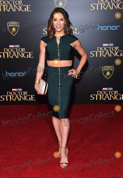 Photos From Doctor Strange Premiere