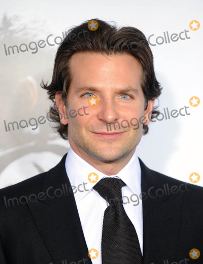 Bradley Cooper Photos - Photo by GWRstarmaxinccomSTAR MAX2014ALL RIGHTS RESERVEDTelephoneFax (212) 995-1196121514Bradley Cooper at the premiere of American Sniper(NYC)
