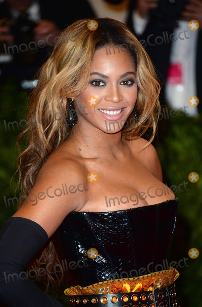 Beyonce,Beyonce Knowles Photos - Photo by DPAADstarmaxinccom2013STAR MAXALL RIGHTS RESERVEDTelephoneFax (212) 995-11965613Beyonce Knowles at the PUNK Chaos To Couture Costume Institute Gala(New York New York)US syndication only