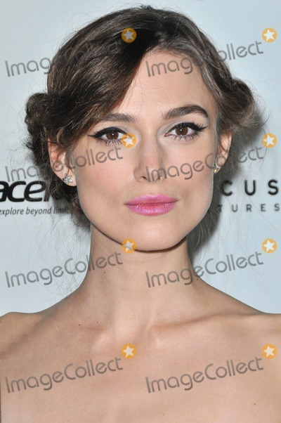 Keira Knightley Photos - Photo by KGC-136starmaxinccom2012ALL RIGHTS RESERVEDTelephoneFax (212) 995-1196111412Keira Knightley at the premiere of Anna Karenina(Los Angles CA)