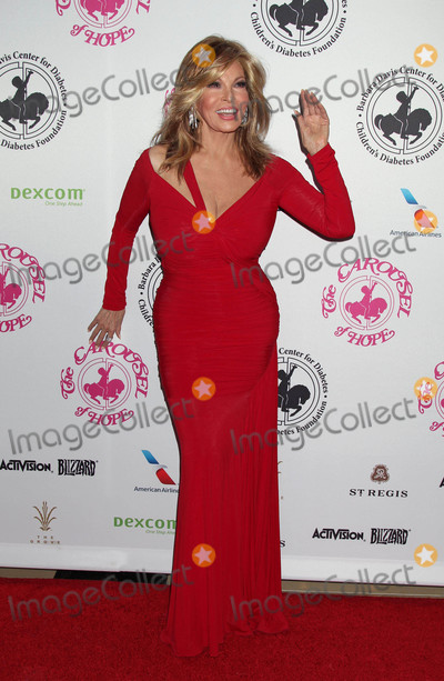 Raquel Welch Photo - The 2016 Carousel of Hope Ball