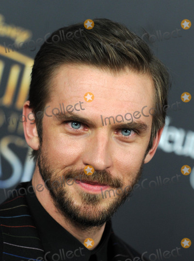 Dan Stevens Photo - Beauty And The Beast Premiere