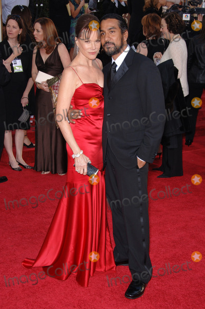 Barbara Hershey,Naveen Andrews Photo - Golden Globe Awards