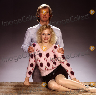 Peter Davison Photo - LIBRARY-Peter Davison  and Sandra Dickinson