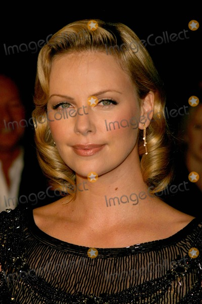 Charlize Theron Photo - Archival Pictures - Globe Photos - 78677