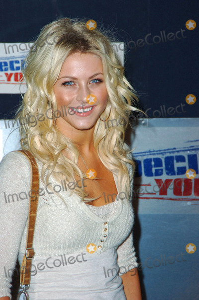 Wallis Annenberg,Julianne Hough Photo - Hollywood Celebrates 18