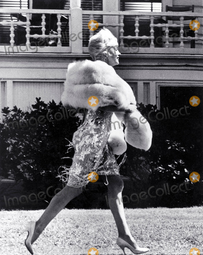 Marilyn Monroe,THE SET Photos - Marilyn Monroe on the Set of Some Like It Hot Photo Don OrnitzGlobe Photos Inc