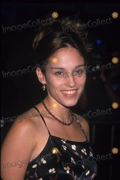 Amy Jo Johnson Photo - Amy Jo Johnson Without Limits Premiere in Ca 1998 K13193lr Photo by Lisa Rose-Globe Photos Inc