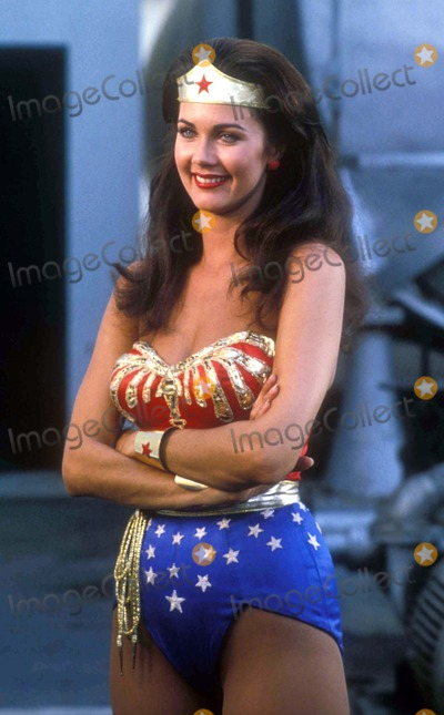 Lynda Carter,Tv-film Still Photos - Wonder Woman Tv-film Still Lynda Carter Photo Supplied by Globe Photos