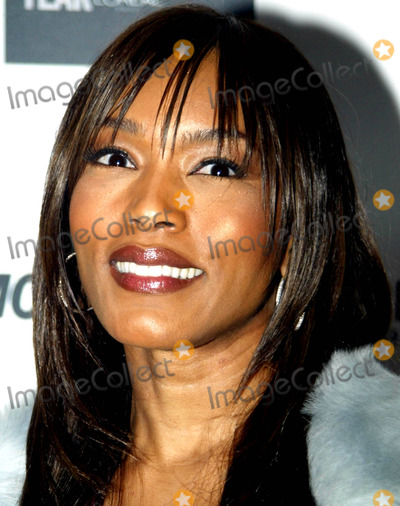 Angela Bassett Photo - Archival Pictures - Globe Photos - 71962