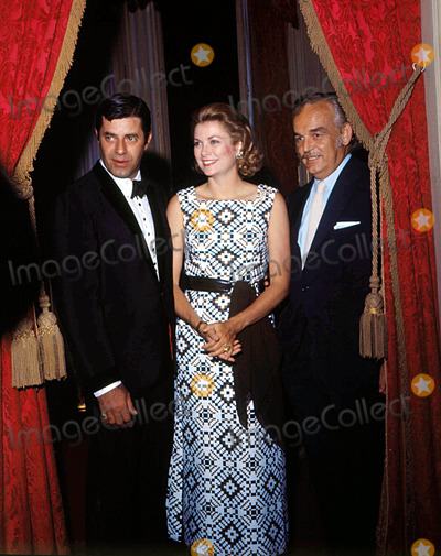 Prince,Prince Rainier,Grace Kelly,Jerry Lewis Photos - Princess Grace Aka Grace Kelly with Prince Rainier and Jerry Lewis1972 9108 Photo by Giacomino AnfusoipolGlobe Photos Inc