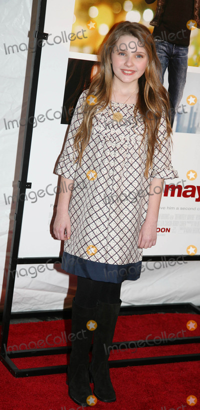 Abigail Breslin Photo - Archival Pictures - Globe Photos - 21317
