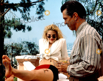 Drew Barrymore Tom Skerritt nackt
