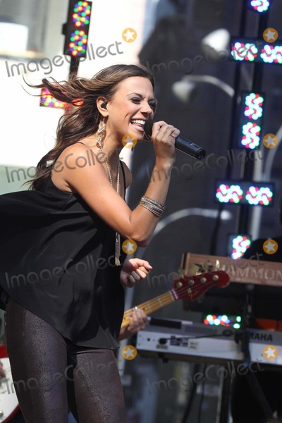 Jana Kramer Photo - Jana Kramer Concert on Fox and Friends on W48 St