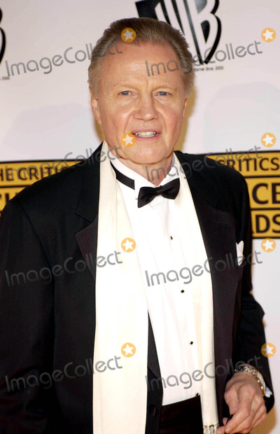 JOHN VOIGHT Photo - The 10th Annual Critics Choice Awards
