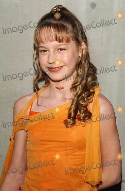 Brie Larson Photo - Archival Pictures - Globe Photos - 81820