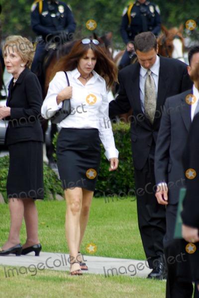 Nancy Reagan,Ronald Prescott Reagan,Ronald Reagan,President Ronald Reagan,Patti Davis,Former President Ronald Reagan,THE GATES Photo - Ronald Reagan Funeral