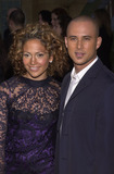 Angel Eyes Photo -  Jennifer Lopez and Cris Judd at the premiere of Warner Brothers Angel Eyes at the Egyptian Theater Hollywood 05-15-01
