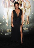 Nia Long Photo - Photo by KGC-11starmaxinccom2014ALL RIGHTS RESERVEDTelephoneFax (212) 995-119631014Nia Long at the premiere of The Single Moms Club(Hollywood CA)