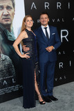 Jeremy Renner Photo - Photo by gotpapstarmaxinccomSTAR MAX2016ALL RIGHTS RESERVEDTelephoneFax (212) 995-119611616Amy Adams and Jeremy Renner at the premiere of Arrival(Los Angeles CA)