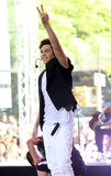 Austin Mahone Photo - Photo by KGC-146starmaxinccomSTAR MAX2014ALL RIGHTS RESERVEDTelephoneFax (212) 995-119652614Austin Mahone performs on The Today Show(NYC)