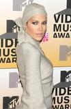 Jennifer Lopez Photo - Photo by Tom Laustarmaxinccom2006ALL RIGHTS RESERVED 83106Jennifer Lopez at the 2006 MTV Video Music Awards(Radio City Music Hall NYC)