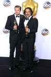 Alejandro Gonzalez Inarritu Photo - Photo by GLXstarmaxinccomSTAR MAXCopyright 2016ALL RIGHTS RESERVEDTelephoneFax (212) 995-119622816Leonardo DiCaprio and Alejandro Gonzalez Inarritu at the 88th Annual Academy Awards (Oscars)(Hollywood CA USA)