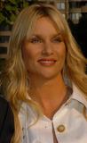 NICOLE SHERIDAN Photo - May 16 2006 New York City    Actress Nicollette Sheridan arriving at the ABC 2006-2007  Upfronts