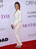Bailee Madison Photo - LOS ANGELES CA April 13 2016 Actress Bailee Madison at the world premiere of Mothers Day at the TCL Chinese Theatre HollywoodPicture Paul Smith  Featureflash