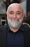 Alexei Sayle Photo - London UK Alexei Sayle at the European Premiere of The Hangover at Vue West End Leicester Square London 10th June 2009Keith MayhewLandmark Media