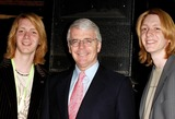 Oliver Phelps Photo - London Sir John Major with James and Oliver Phelps at the UKs Youth first National Wavemakers Awards at Sound in Leicester Square28 April 2005Ali KadinskyLandmark Media