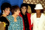 Liza Minnelli Photo - Elizabethtaylorretro F5842 1988 Elizabeth Taylor_liza Minnelli Michael Jackson_whitney Houston Photo by John BarrettGlobe Photosinc