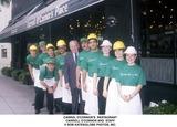 Carroll OConnor Photo - Carrol Oconnors Restaurant Carroll Oconnor and Staff Bob KatesGlobe Photos Inc