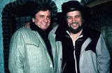 Waylon Jennings Photo - Johnny Cash with Waylon Jennings Supplied Globe Photos Inc