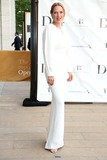 Uma Thurman Photo - American Ballet Theater Opening Night Spring Gala the Metropolitan Opera House Lincoln Center NYC May 13 2013 Photos by Sonia Moskowitz Globe Photos Inc 2013 Uma Thurman