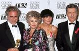 Amanda Donahue Photo - 1993 Golden Globe Awards Maximilian Schell_tom Skerritt_joan Plowright_amanda Donahue Photo by Lisa Rose-Globe Photosinc