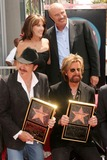 Robin McGraw Photo - I13427CHWAWARD-WINNING COUNTRY RECORDING ARTISTS BROOKS  DUNN HONORED WITH  STAR ON THE HOLLYWOOD WALK OF FAME7021 HOLLYWOOD BLVD HOLLYWOOD CA  080408DR PHIL MCGRAW AND WIFE ROBIN MCGRAW POSING WITH KIX BROOKS AND RONNIE DUNNPHOTO CLINTON H WALLACE-PHOTOMUNDO-GLOBE PHOTOS INC