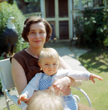 Patricia Neal Photo - Patricia Neal and Her Daughter Lucy at Her Home in Missenden Bucks Photo by Globe Photos Inc Patricianealretro