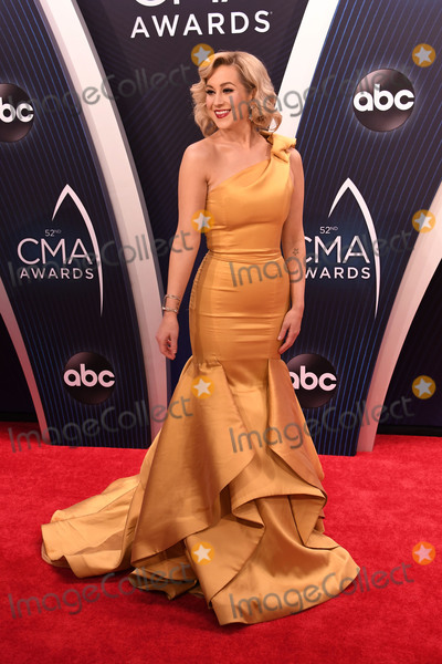 Photos From 52nd Annual CMA Awards - Arrivals