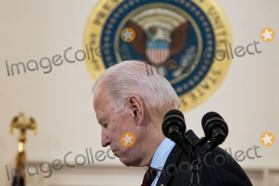 Photos From Biden Addresses Nation Marking 500,000 COVID-19 Deaths in the US