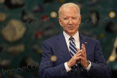 Photo - Biden and Northam Visit Sportrock CLlimbing Centern Alexandria Virginia