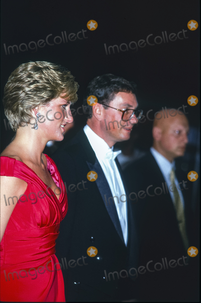 Photo - ARCHIVE Princess Diana Attends the Royal Gala Evening to Benefit the London City Ballet