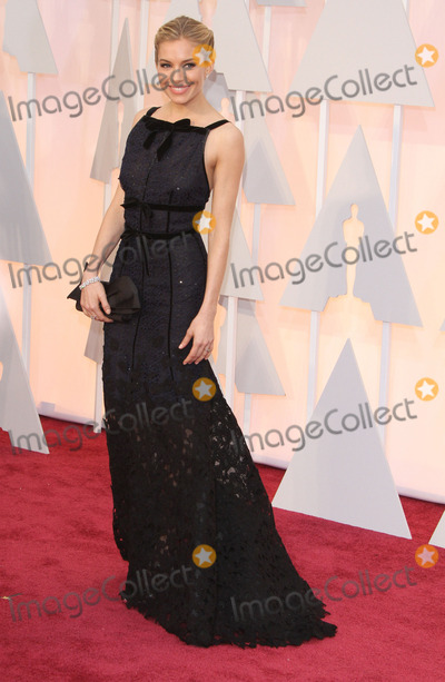 Photo - 22 February 2015 - Hollywood California - Sienna Miller 87th Annual Academy Awards presented by the Academy of Motion Picture Arts and Sciences held at the Dolby Theatre Photo Credit AdMedia